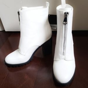 FOREVER 21 WHITE BOOTIES!!